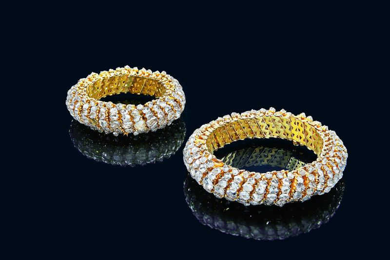 Tora Paon (anklets) made of gold and diamonds. Deccan, early 19th century.
