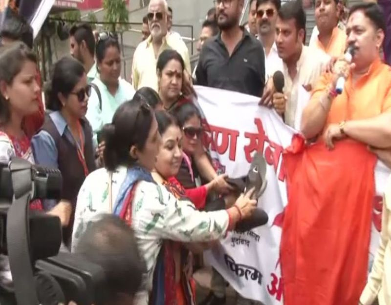 Brahmin body protests against Article 15. (Photo: ANI)