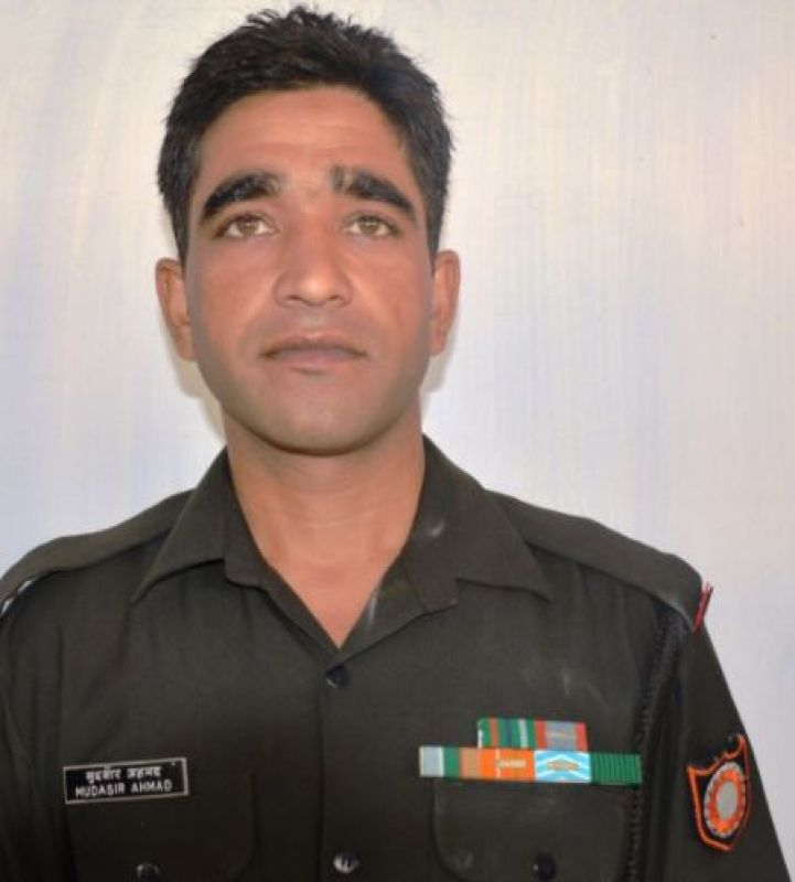 Naik Muddasar Ahmed,belonging to J&K's Tral, lost his life in ceasefire violations by Pakistan on Indian Army posts in Rajouri sector. (Photo: Twitter | ANI)