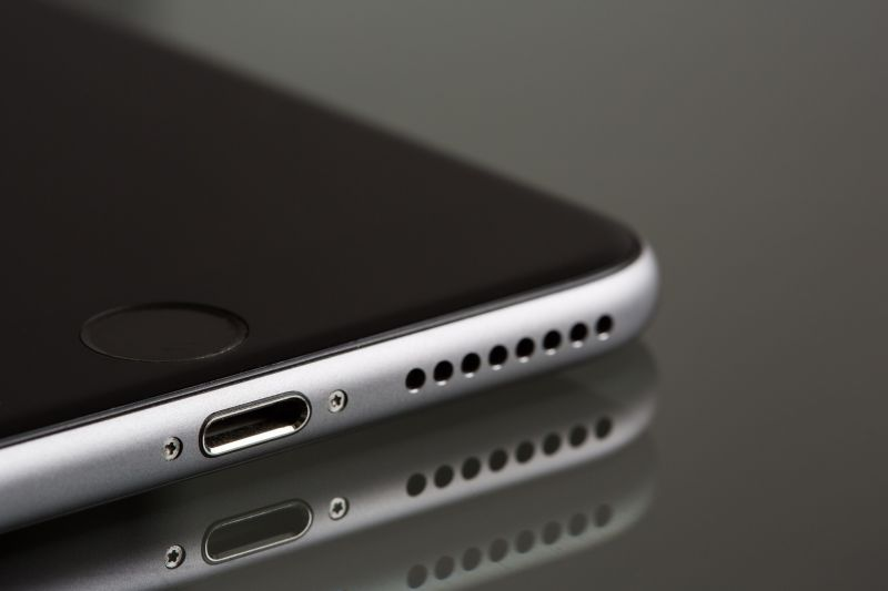 The missing headphone jack: A good or bad move?