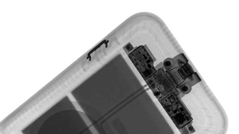 iPhone Smart Battery Case teardown