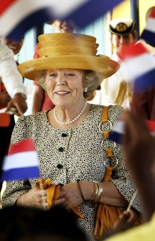 Dutch Queen Beatrix left the field open for a new generation. (Photo: AFP)