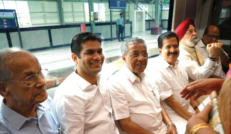 Chief Minister Pinarayi Vijayan along with Hardeep Singh Puri Union Minister of State with Independent Charge in the Ministry of Housing and Urban Affairs, DMRC principal adviser E. Sreedharan, Opposition leader Ramesh Chennithala and Hibi Eden, MLA, travelling in Kochi metro on Tuesday. 	(Photo: ARUN CHANDRABOSE)