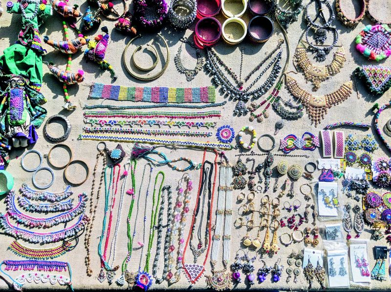 A photograph of jewellery being sold on a roadside by Sankara Subramanian.