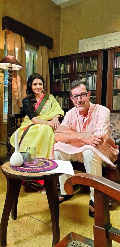 Bhagyashree and Rajat Kapoor on the sets of Two States.
