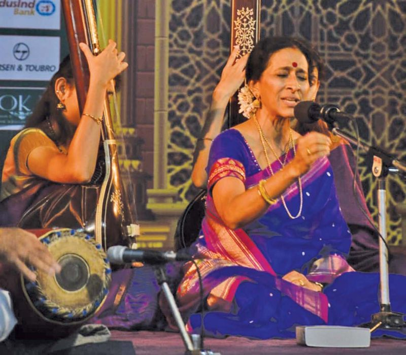 Bombay Jayashree performs at Bharat Kalachar. (Photo: DC)
