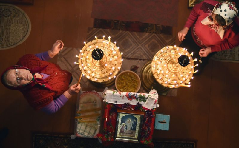Belarussian villagers celebrate Orthodox Easter in the village of Prybalavichy, some 300 km south of Minsk, on April 8, 2018. People usually stay up late and attend an Orthodox vigil service. (Photo: AFP)