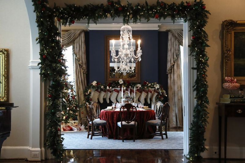 Christmas holiday decorations are seen at the Vice President's residence in Washington. (Photo: AP)