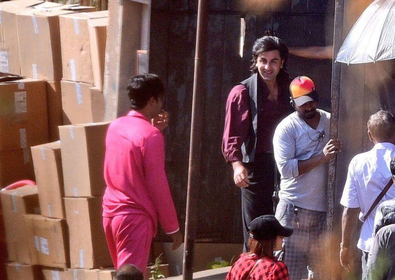 First pics: After bulking up, Ranbir gets perfect locks to look like Sanjay Dutt