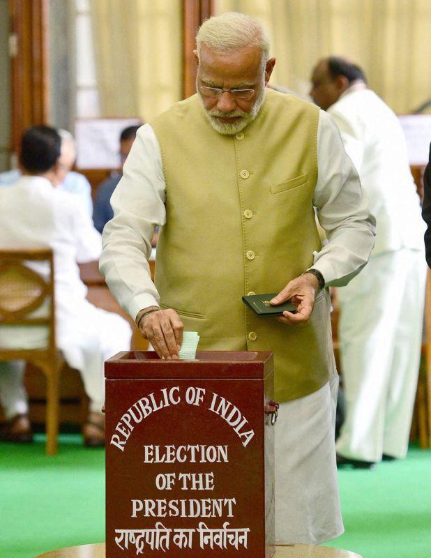 Presidential poll: Prime Minister Narendra Modi casts his vote. (Photo: PTI | Twitter)