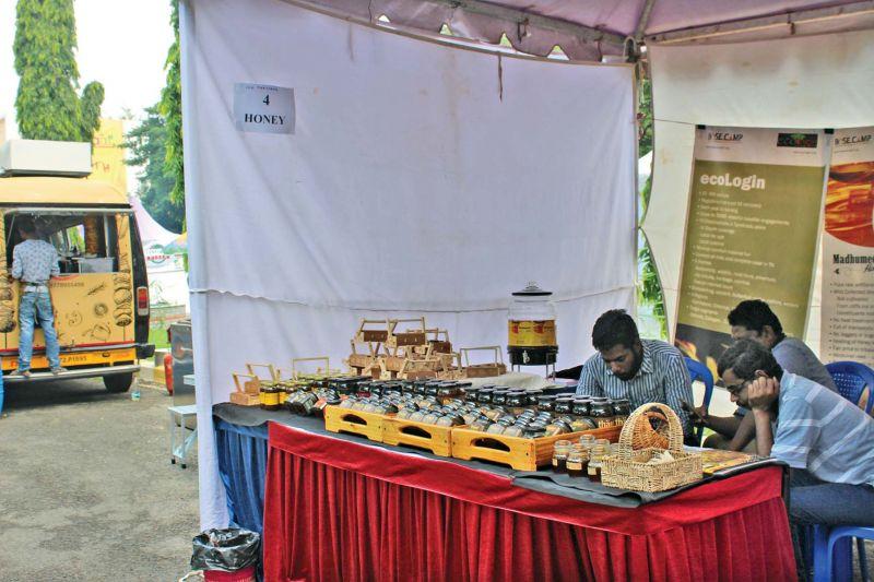 Organic honey stall