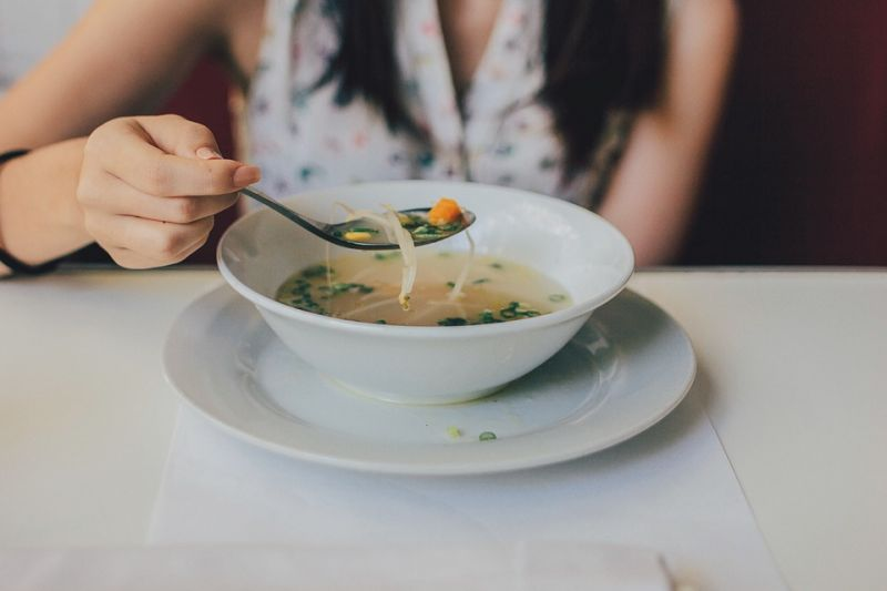 Eating a light snack or having a bowl of soup or salad before going out for dinner to avoid bingeing is also a good idea. (Photo: Pixabay)