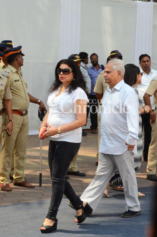 Aishwarya, Deepika, Ajay, others pay last respects to