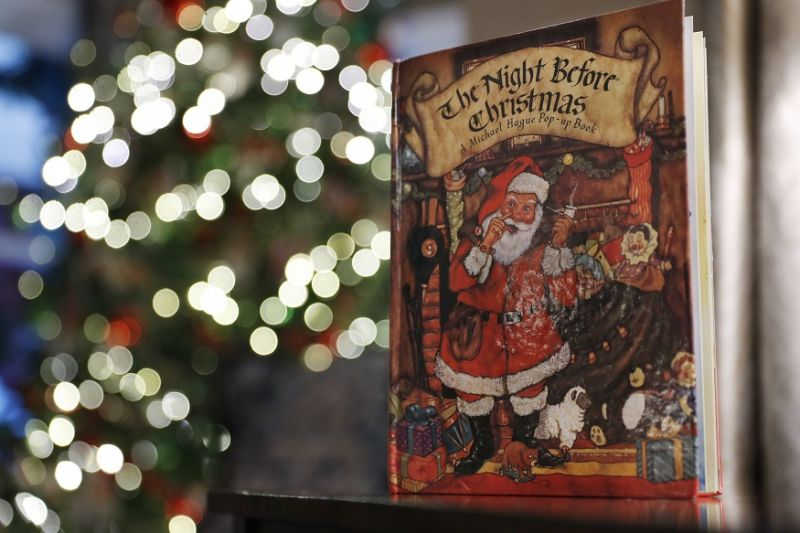 Decorations at the Vice President's residence include the book, The Night Before Christmas, in Washington. (Photo: AP)