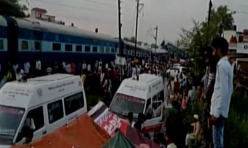 Rescue team at the train derailment site in UP. (Photo: ANI | Twitter)