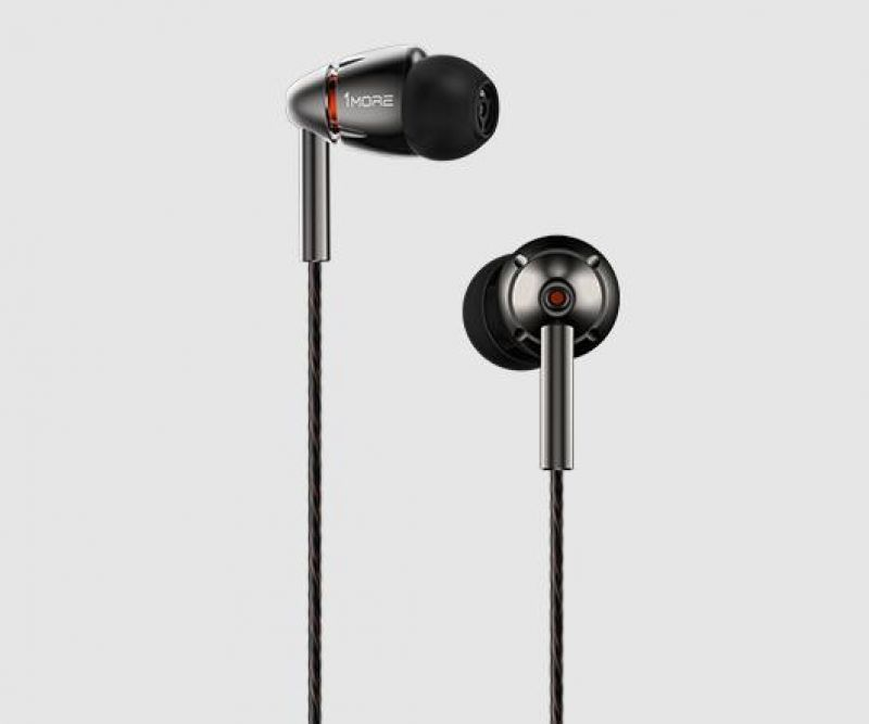 1MORE Quad-Driver in-ear headphones