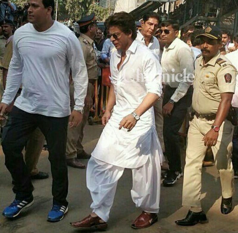 Shah Rukh Khan at Sridevi funeral.
