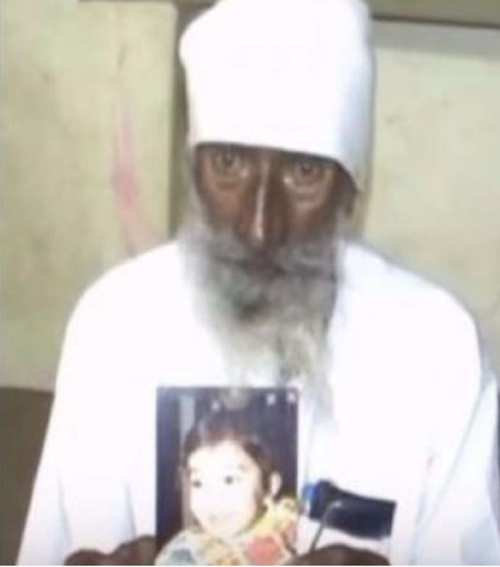 Santok Singh was a rickshaw driver in Uttarakhand and was not in talking terms with his daughter-in-law (Jasprit's mother – Daljeet) and her two children after the demise of his son. (Photo: Screengrab)
