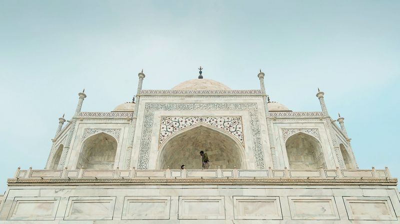 A close view of the main tomb of Taj Mahal, Agra.