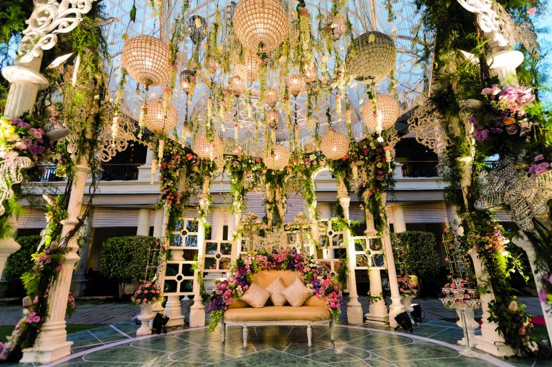 One of Dinaz Noria's  floral  decors at the Golconda Resort, Hyderabad