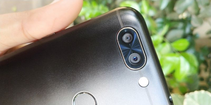 Infocus Vision 3 Review Bezel Less And Dual Camera On A