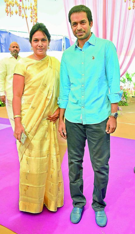 Pullela Gopichand with his wife P.V.V. Lakshmi.