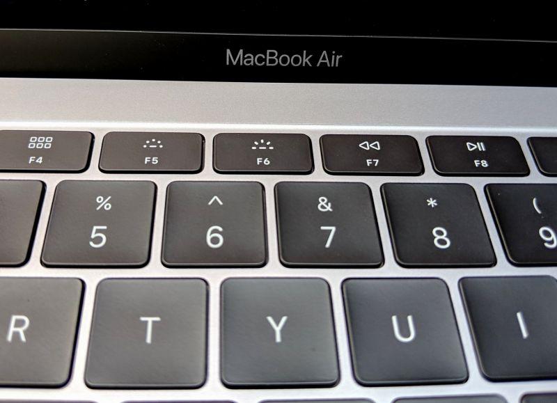 Apple MacBook Air 2018 13-inch with Retina display