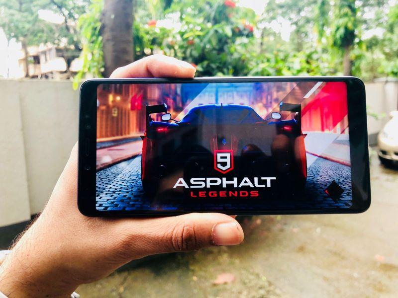 Games like Asphalt 9 are playable.