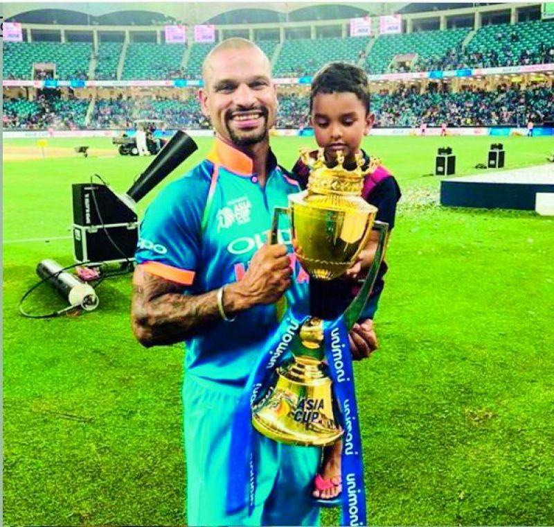 Shikhar dhawan with son Zoravar