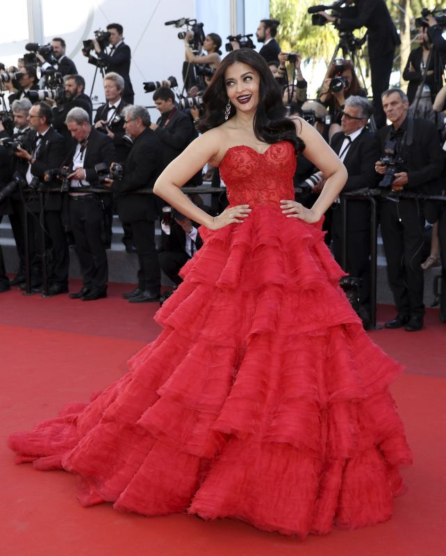 Cannes 2017 ash breaks rules with panache looks for Aishwarya rai in her wedding dress