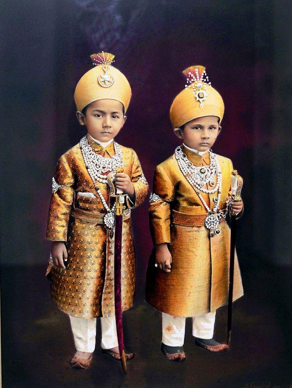 Azam Jah and Moazzam Jah, sons of Mir Osman Ali Khan. Hyderabad, 1911.