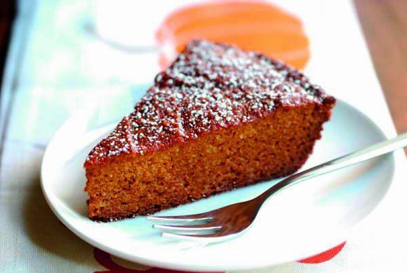 CARROT &BANANA CAKE