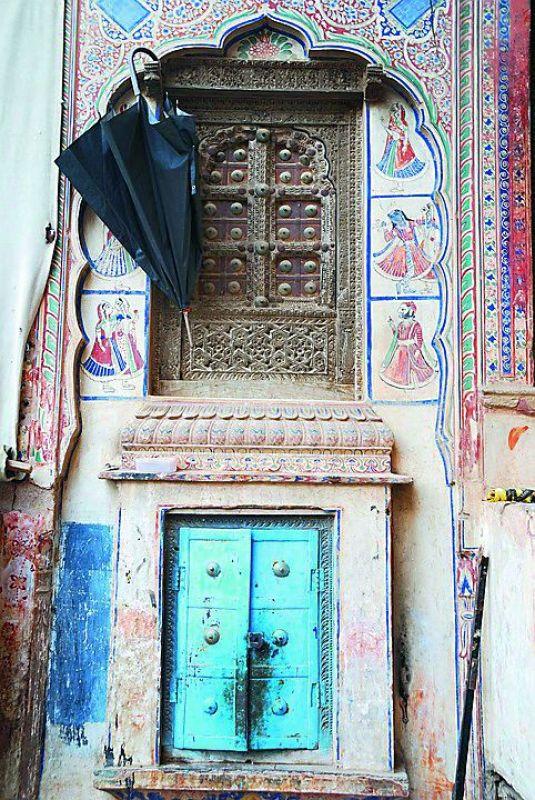 Windows from Rajasthan (Credit: Pixabay)