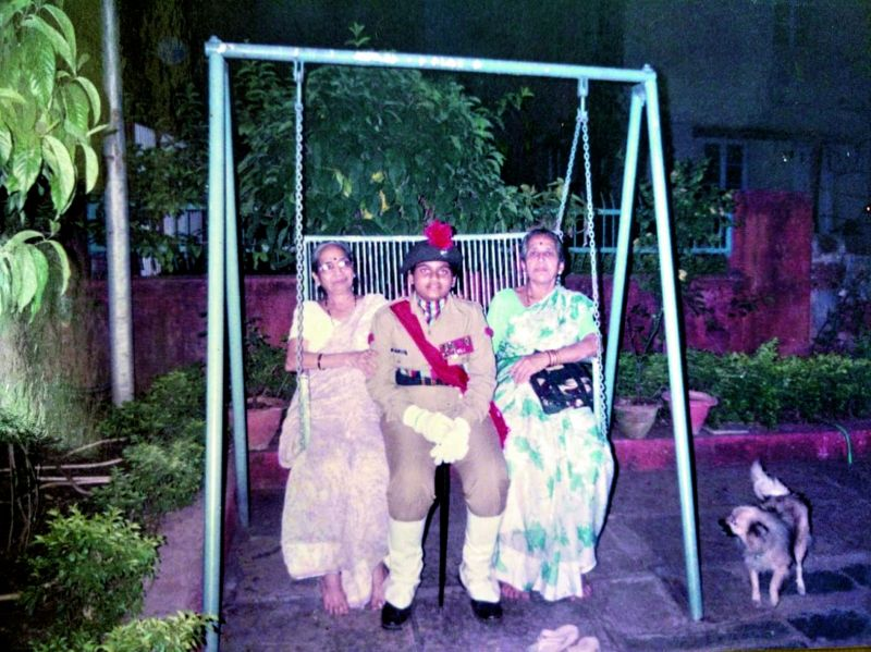 Rahi Sarnobat with family members.