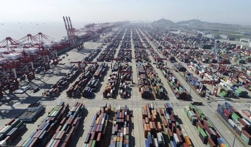 Photo released by Xinhua News Agency, shows a container dock of Yangshan Port in Shanghai, east China. U.S. President Donald Trump's latest tariff hikes on Chinese goods took effect Friday, May 10, 2019 and Beijing said it would retaliate, escalating tensions in fight over China's technology ambitions and other trade strains. (Photo:AP)