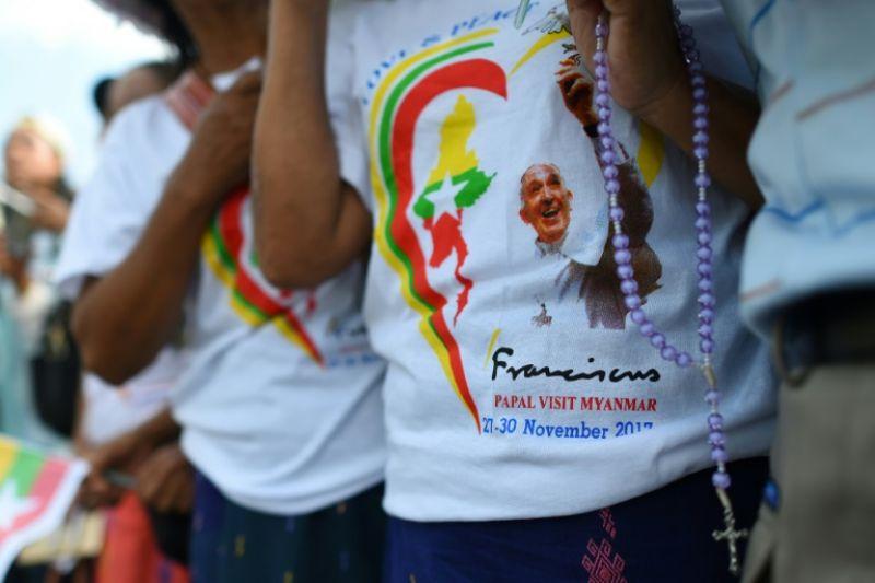'Around 200,000 Catholics are pouring into Yangon' (Photo: AFP)