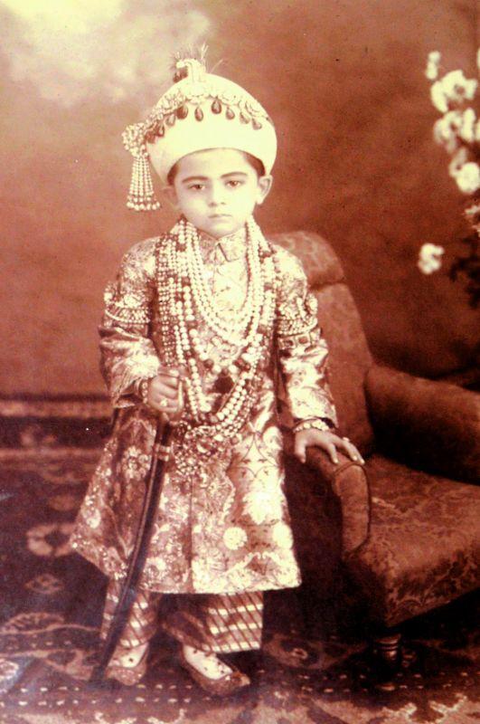 Sahebzada Salabath Jah, son of Mir Mahboob Ali Khan, Secunderabad,  c. 1910. Chowmahalla Palace Collection, Hyderabad.