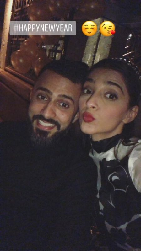 Sonam celebrates New Year with Anand.