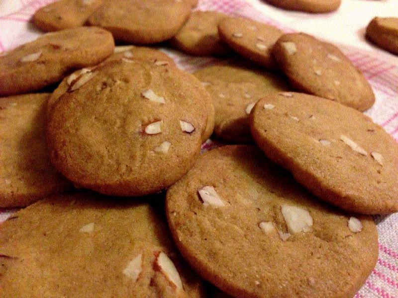 Pearl Millet Almond Cookies