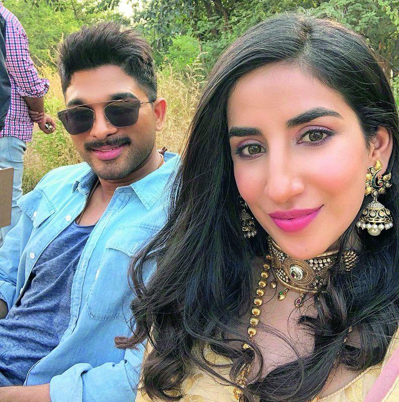 Parul Gulati with Allu Arjun
