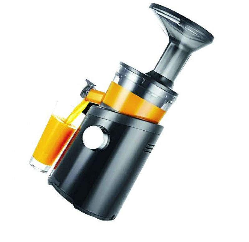 Hurom H101 juicer