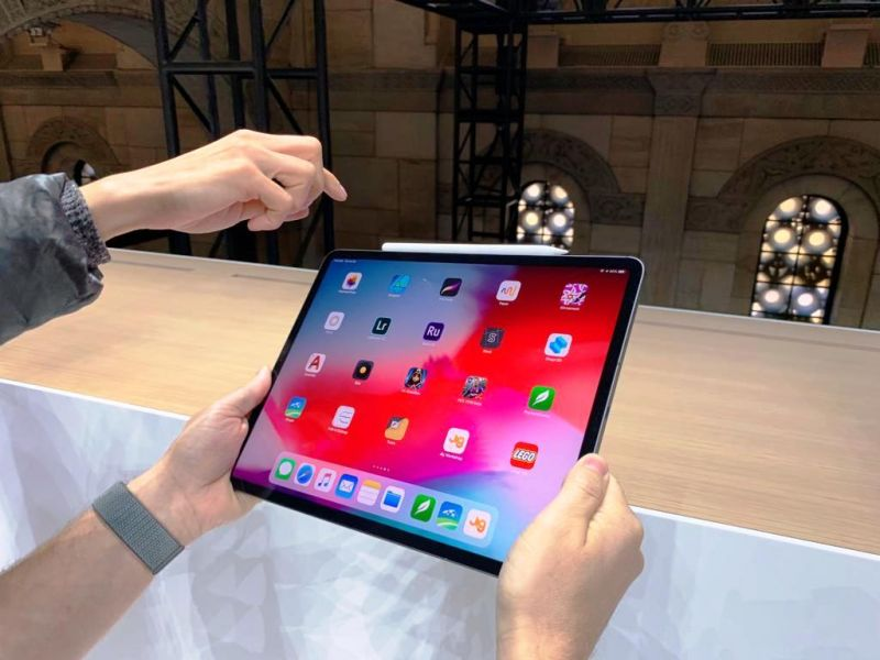 iOS 12 brings iPhone XS-like gestures to the iPad and lets users multitask with up to two apps at once. The FaceID system on this one can detect faces in any orientation.