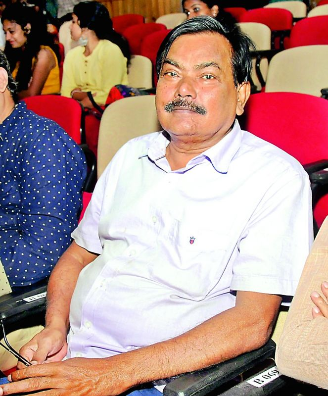 Classical Odissi singer Ramahari Das