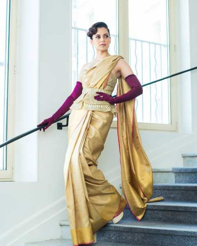 Kangana beautifully teamed up Indian and western. (Photo: Instagram @team_kangana_ranaut)