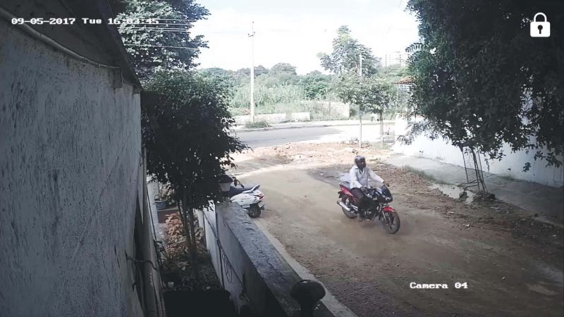09-07-2017 Tue 16.03.45:  Four hours before Gauri Lankesh's murder, one of the suspects caught on CCTV camera doing a recce of the area