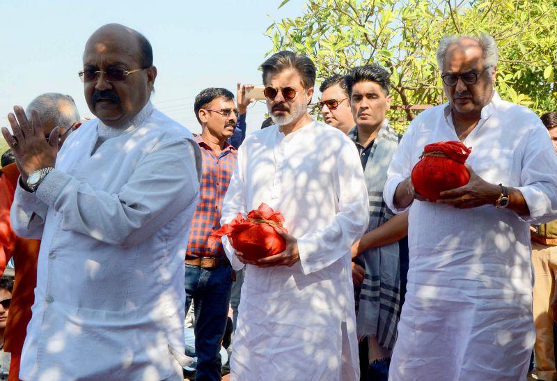 Emotional goodbye: Boney and Anil Kapoor perform Sridevi's Ashti Visarjan in Haridwar