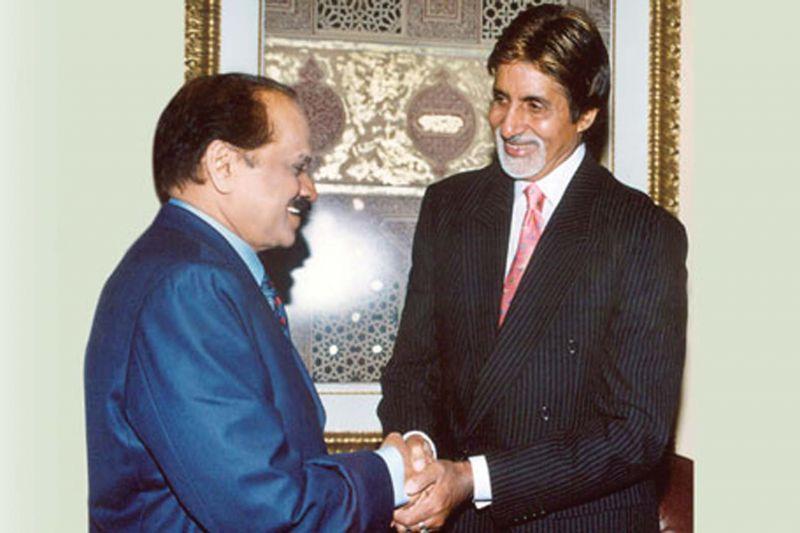 M.M. Ramachandran with Amitabh Bachchan (File photo)