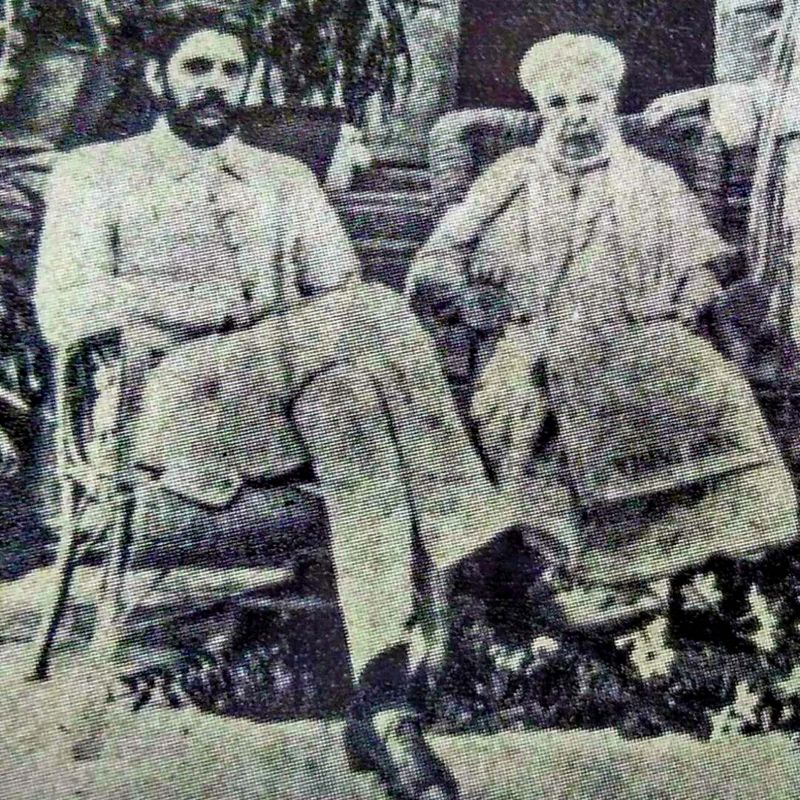 Dr Besant and Wadia in front of  Gulistan in Ooty  in June 1917.