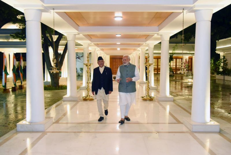Prime Minister Narendra Modi with Nepal PM KP Sharma Oli. (Photo: Twitter   @narendramodi)