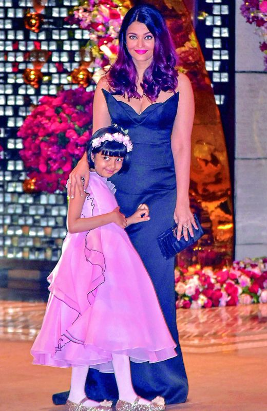 Aishwarya Rai with daughter Aaradhya.